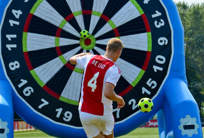 AJAX_TV_AJAX_Footdarts.jpg